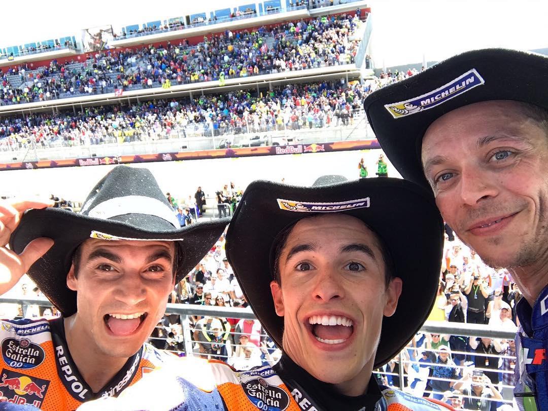 GiveMe5 Selfies!  the obligatory AmericasGP podium selfie  Marquezhellip