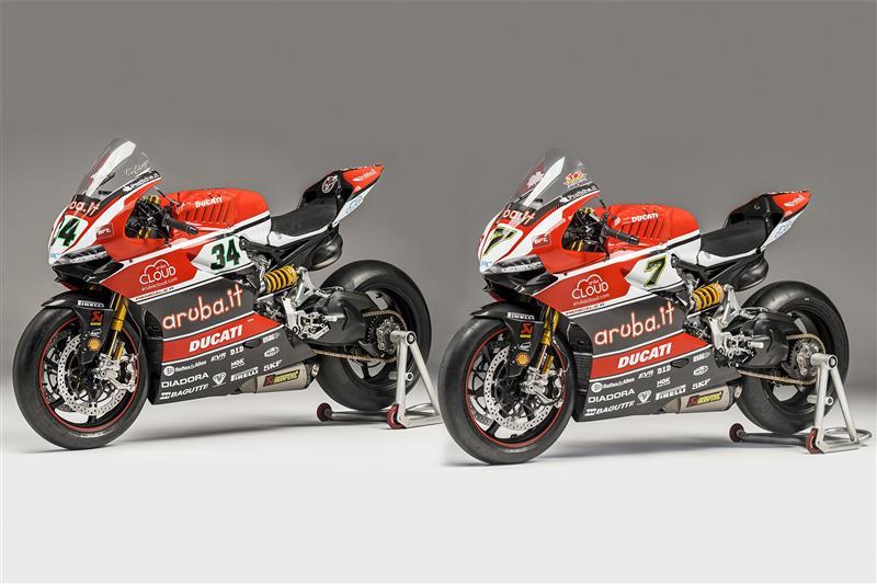 Ducati Akrapovic Superbike