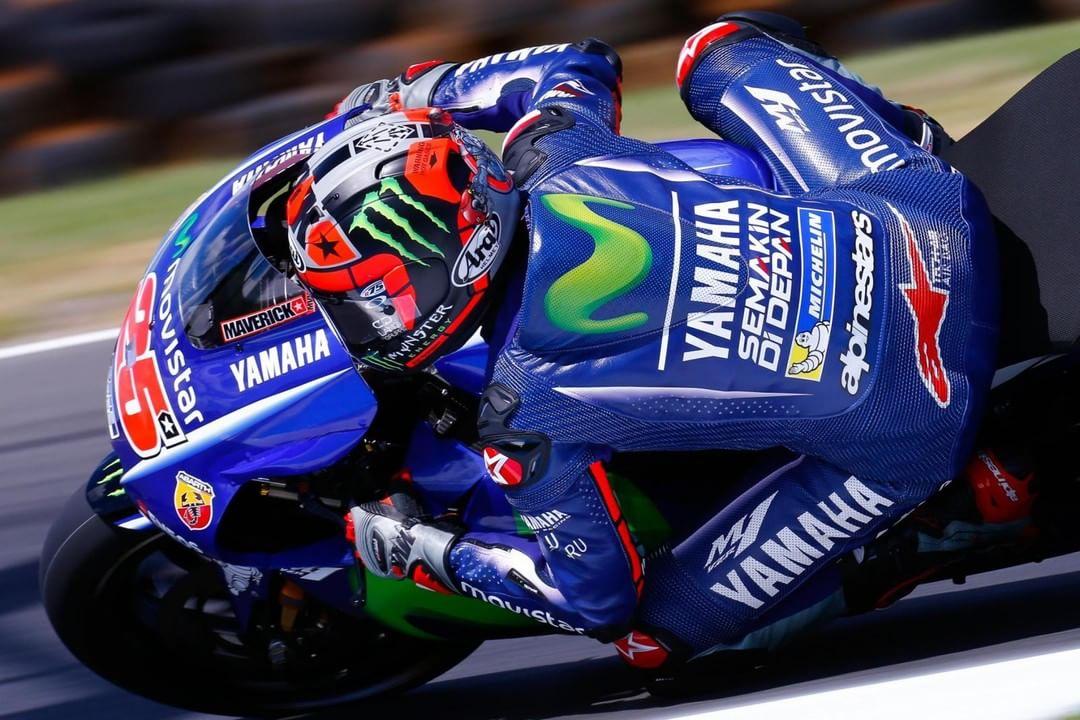 Elbows out  maverickvinales25 AusTest MotoGP